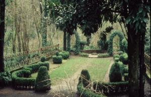 Deepwood Scroll Garden, Lord & Schryver Conservancy